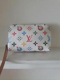 Zipped cosmetics purse bag