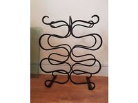 Wine holder 10 - beautiful black curved metal