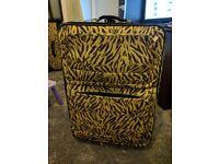 "Extra Large "" 2 Wheeled Hold Travel Trolley Luggage Suitcase 70cm x 52cm x 28cm (main body)"