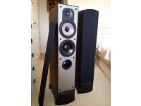Paradigm Tower Speakers in mint condition