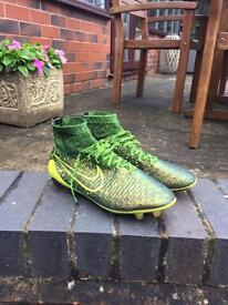 Nike Magista Green Paint Splash (7.5)