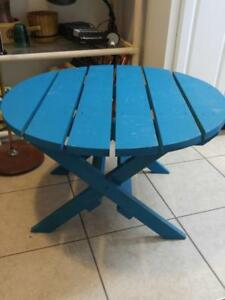 "Oakville Feature Side Table 27"" Round x 17"" High SOLID WOOD painted TURQUOISE Round EUC"