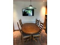 Solid Pine extendable table & 6 padded seat chairs