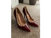 Ladies shoes size 3 never worn