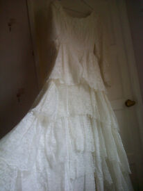 Vintage Wedding Dress - size 10 approx. - £350