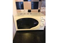 White microwave great condition