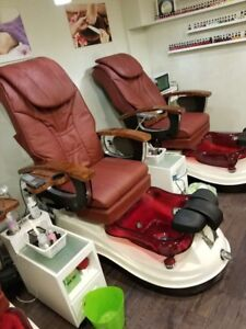 ~~~~~3 high end pedicure chairs~~~~~