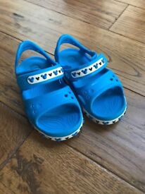 Boys Blue Croc sandals almost new condition - Mickey Mouse Branded toddler size 6