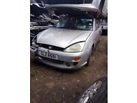 2001 FORD FOCUS 1.4 16V PETROL BREAKING FOR PARTS