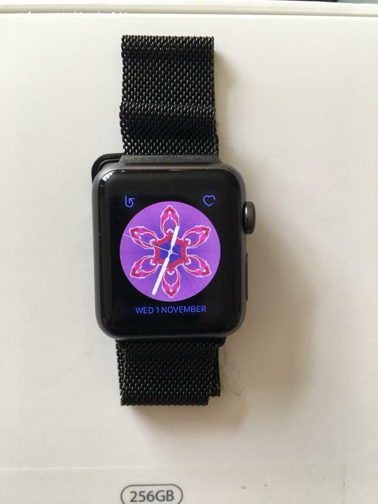 Apple Watch 38MM Excellent Condition