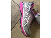 Asics GT2000,5 running trainers