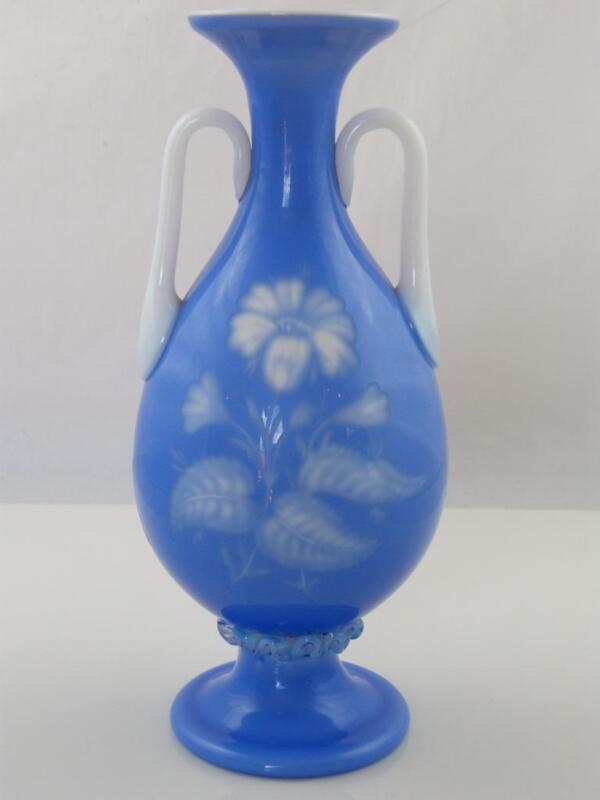 NORTHWOOD 'DOLCE RELIVO, BLUE FLOWER VASE