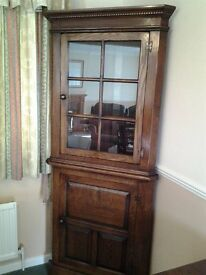 Corner Display Cabinet in oak