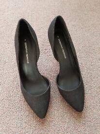 Black Sparkly Size 7 Heels