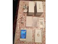 iPhone 4S 8GB O2/TESCO/GIFGAFF pristine condition boxed plus three pin charger NO OFFERS