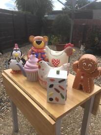 Ceramic Tea pot, biscuit, hen nest job lot £70 ono