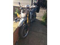 Keway 125cc motorcycle petrol 2wheel black