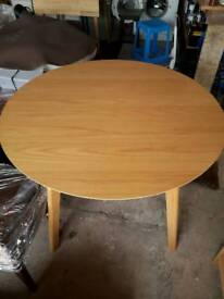 Oak Table 100 cms Excellent condition