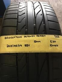 205/45/17 88V Bridgestone Potenza