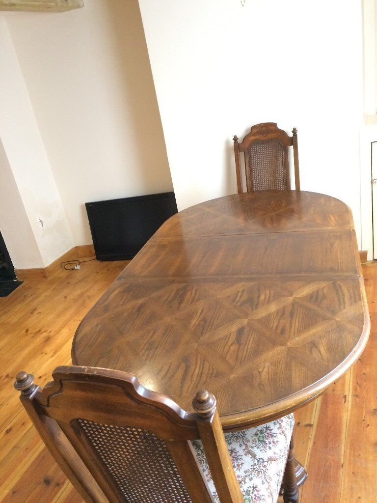 SOLID LIGHT OAK DINING TABLE - WEYMOUTH, DORSET