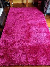 Dunelm Indulgence Shaggy Rug - Dark Pink - 150 x 240cm
