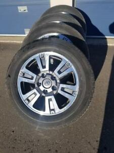 BRAND NEW TAKE OFF FACTORY OEM TOYOTA TUNDRA 20 INCH ALLOY WHEELS WITH HIGH PERFORMANCE  DUNLOP 275 / 55  / 20 ALLSEASON