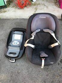 Maxi cosi car seat and iso fix base