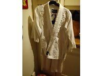 Judo suit size 150cm (age 10 approx)