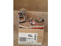Clarks First Walking Shoes Softly Liam Size 5F