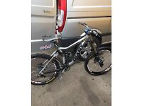Giant Glory 00 downhill mountain bike