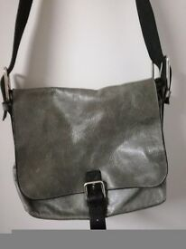 Mulberry satchel bag grey it cost £300 from House Of Frazer asking £80 ono great condition
