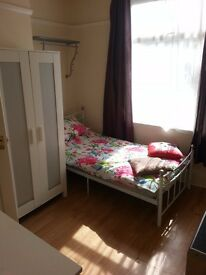 Studio 5 minutes from city center £360 per month