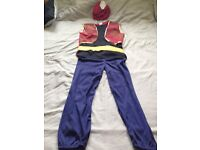 Alaadin Costume for school, christmas...etc party age 8-11Y in an immaculate condition.