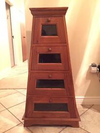Wooden Pyramid Set Of Drawers / Dresser