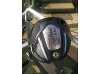 Titliest 910 D2 10.5 Degree Driver & matching 3 wood & Hybrid