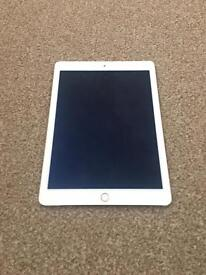 IPAD AIR 2 GOLD 16GB WIFI PERFECT CONDITION