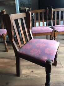 4 X Beautiful wooden chairs in very good condition