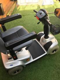 Invacare Leo 4mph mobility Scooter NEW BATTERIES