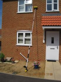 Water fed Extending window cleaning pole with Brush.