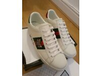 7bb781d1102 GUCCI Ace Tiger sneakers trainers Size UK 9 EU43