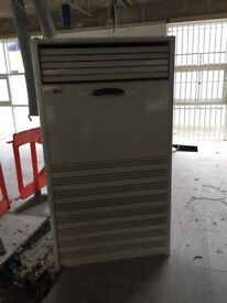Air conditioning unit - quick sale and extremely cheap.