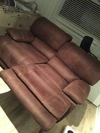 Immaculate condition! 2 & 3 seated recliner suite for sale