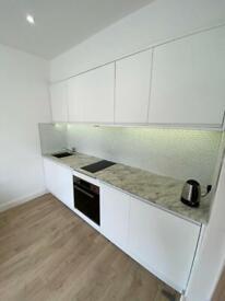 2 bedroom flat in 2 Bedroom, 2 Bathroom Flat – Caledonian Road N1