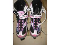 """Ladies/Girls roller skates adjustable size black, white & pink """"senhai power"""""""