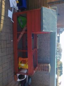 run and hutch combo good condition