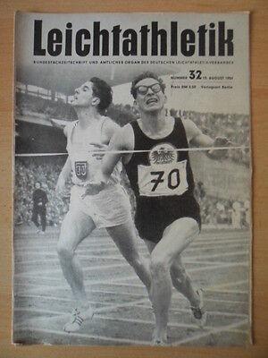 LEICHTATHLETIK 32 - 10.August 1954 Lawrenz - Stracke, 800 m Lauf in Hamburg