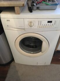 Washing machine. Zanussi Timeline 1400. Free