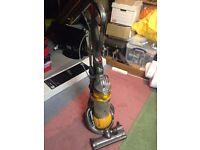 Dyson DC25 Multi Floor Lightweight Dyson Ball Upright Vacuum Cleaner