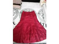 Women full length skirt New with out tags