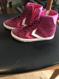 Girls Hummels. Purple and pink. Size 28